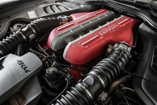 Ferrari GTC4Lusso เครื่องยนต์ V12 ที่มีกำลังสูงสุด 690 แรงม้า