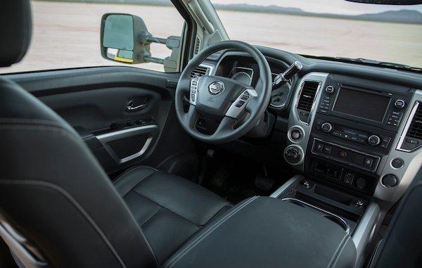 ดีไซน์ภายใน Nissan Titan 2018