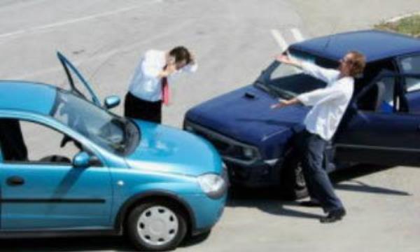 กล้องติดรถยนต์เป็นหลักฐานสำคัญในกรณีเกิดอุบัติเหตุ
