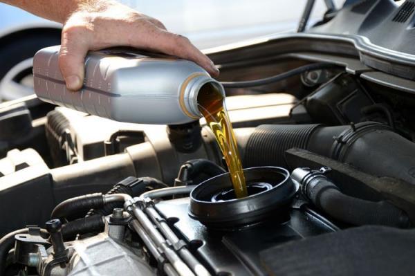 รถยนต์ของคุณเหมาะกับน้ำมันเครื่องแบบไหน