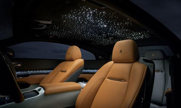 เพิ่มสุนทรียภาพด้วยดวงดาวประดับเพดานห้องโดยสาร