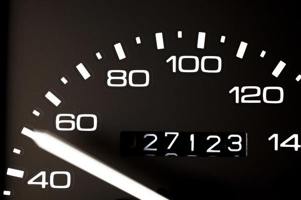 ประมาณ 20,000 กิโลเมตร ก็ต้องตรวจเช็คโช๊คอัพได้แล้ว