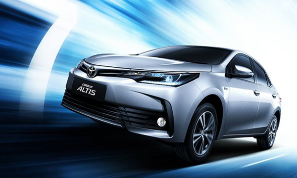 Toyota Corolla Altis 1.8 S 2018