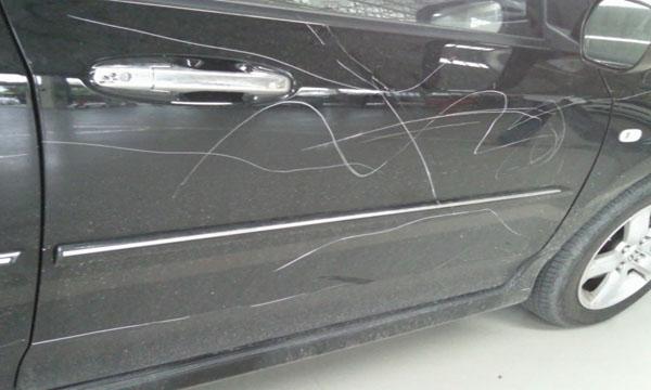 รอยขีดข่วนบนตัวรถสามารถแจ้งเคลมประกันได้