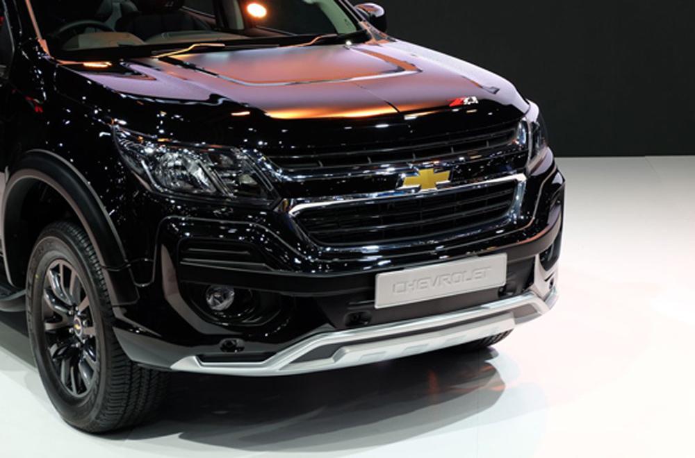 สำหรับระบบไฟส่องสว่างของ Chevrolet Trailblazer Z71 ได้รับการติดตั้งไฟหน้าแบบฮาโลเจน ไฟส่องสว่างสำหรับการขับขี่กลางวันแบบ LED (Daytime Running Lights) เสริมด้วยไฟตัดหมอกหน้าและหลัง