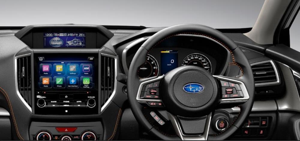 ระบบความบันเทิงครบครัน และยังช่วยให้ผู้ขับขี่ไม่พลาดทุกสารสื่อ  ที่มาพร้อมกับหน้าจอแสดงผลระบบสัมผัสขนาด 8 นิ้ว นอกจากนี้ก็ยังมีหน้าจอมาตรวัด หน้าจอเอนกประสงค์ และชุดอุปกรณ์ควบคุมเพื่อให้การเชื่อมต่อเข้าถึงได้ง่าย