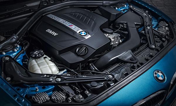 เครื่องยนต์ BMW M Twinpower Turbo ขนาด 3.0 ลิตร
