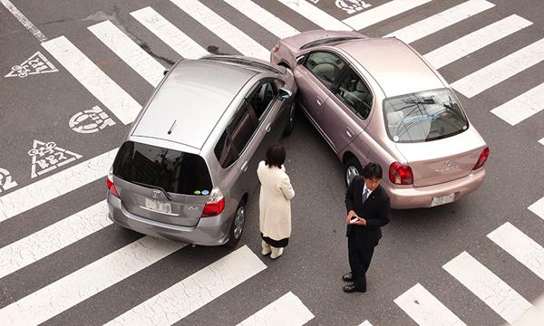 เรียกค่าเสียหายกรณีรถชน