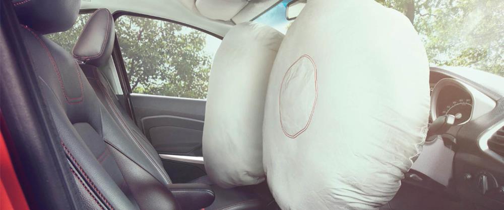 ระบบถุงลมนิรภัยสำหรับที่นั่งคนขับ และที่นั่งผู้โดยสารด้านหน้า