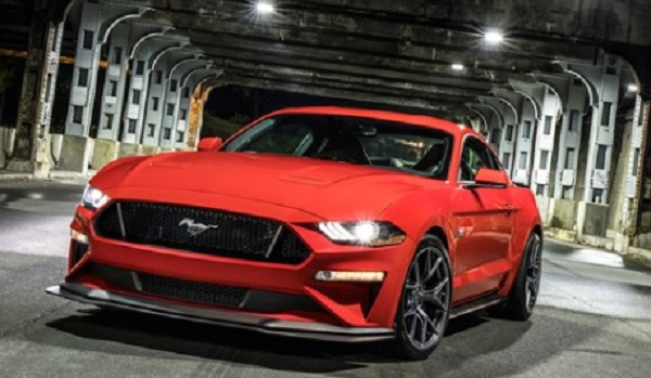 Ford Mustang  2018 ที่ได้แรงบันดาลใจในการออกแบบมาจาก Mustang Boss 302 Laguna Seca