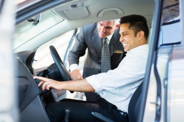 การหาแนวทางในการขับรถที่ดีช่วยให้ประหยัดน้ำมันได้