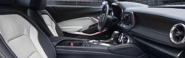 ภายในห้องโดยสารของ Chevrolet Camaro 2018
