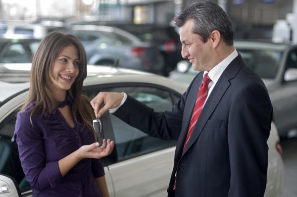 การหาข้อมูลก่อนการเลือกซื้อรถ