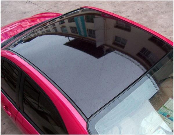 การติดฟิล์มบนกระจกรถยนต์