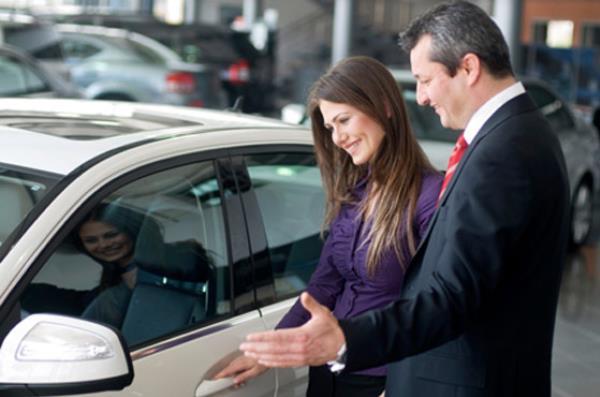 การเจรจาก่อนตัดสินใจซื้อรถ