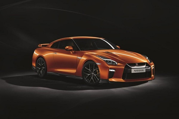 Nissan GT-R 2018 (R35) ใหม่