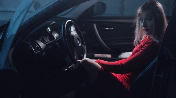 ว่า คิดดี ทำดี และมีความรอบคอบไม่ประมาทในการขับรถและปฏิบัติตามกฎจราจร คือความคุ้มครองป้องกันอุบัติเหตุที่ไม่คาดฝันได้เป็นอย่างดี