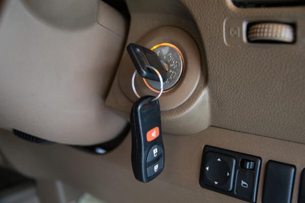 หมุนสตาร์ทกุญแจรถไม่ได้