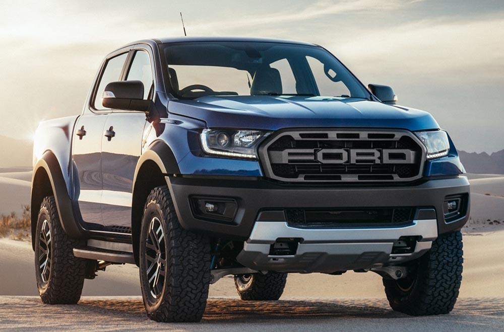 Ford Ranger Raptor ได้รับการพัฒนาจาก Ford F-150 ในรูปลักษณ์ใหม่แบบกระบะ 4 ประตู Double Cab พร้อมห้องโดยสารขนาดใหญ่ให้ความสบายแก่ผู้ขับขี่อย่างเต็มที่