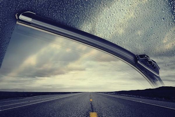 เช็คที่ปัดน้ำฝนรถคู่ใจ เพื่อวิสัยทัศน์ในการขับขี่หน้าฝนอย่างปลอดภัยกันดีกว่า