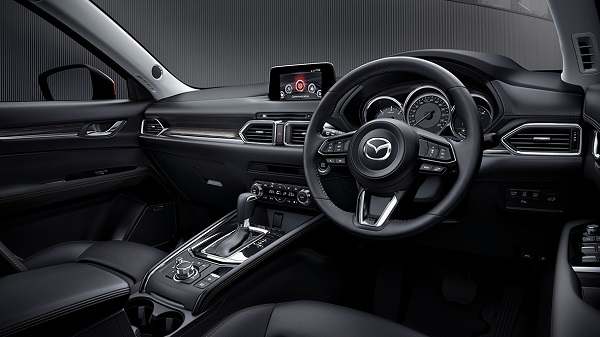 ภายในห้องโดยสารของ  Mazda CX-5