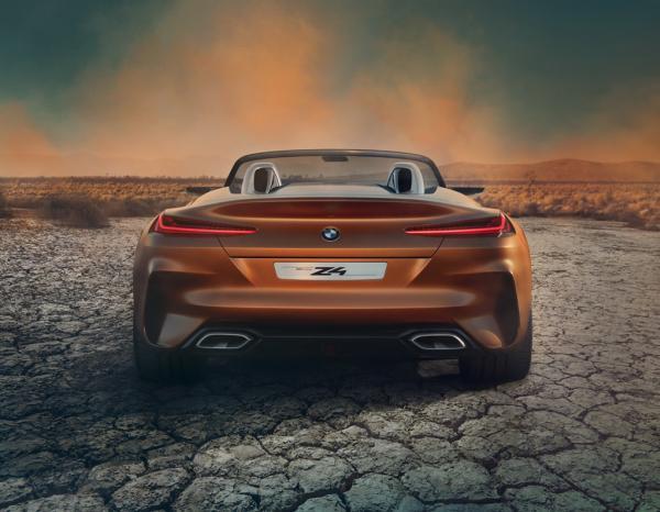BMW Z4 2019 ด้านหลัง