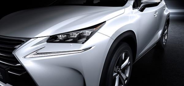 ดีไซน์ภายนอก Lexus NX300h 2018