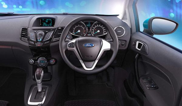 รีวิว ภายใน Ford Fiesta 2018