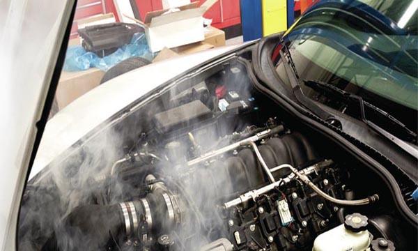 เครื่องยนต์มีความร้อนสูงควรทำอย่างไร