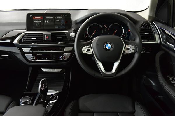 2018 BMW X3  ภายใน
