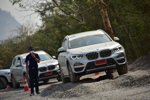 การใช้งานที่ตอบโจทย์ทุกสถานการณ์ของ BMW