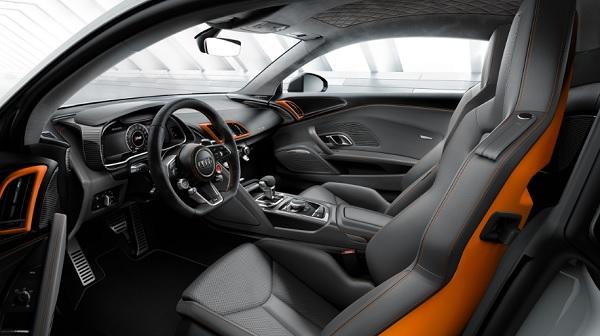 ภายในห้องโดยสาร Audi R8 V10 2019-2020