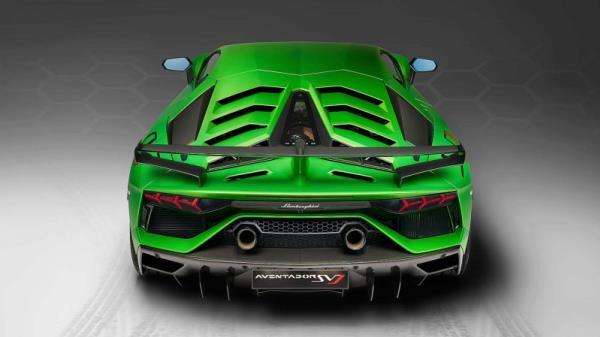 เส้นสายการออกแบบที่อาจเกิดขึ้นใน 2019 Lamborghini Aventador SVJ