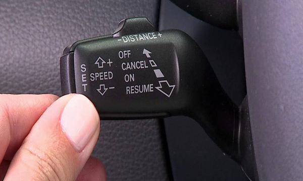 แป้นปรับตั้งค่าระบบ Cruise Control