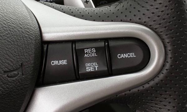 ระบบควบคุมความเร็วอัตโนมัติ Cruise Control