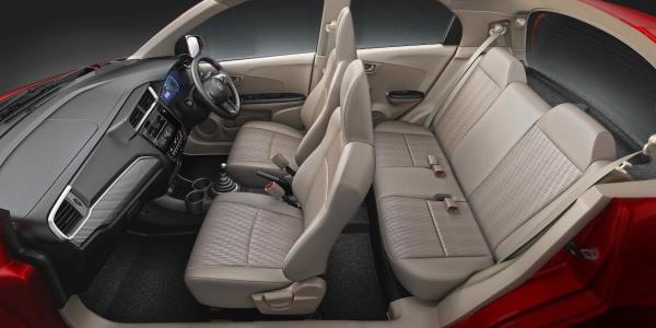ดีไซน์ภายใน Honda Brio 2018