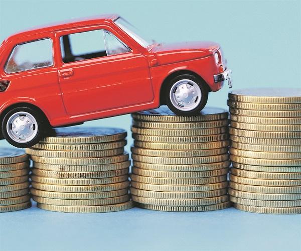 อยากจะซื้อรถยนต์มือสอง แต่ไม่รู้ว่าต้องมีค่าใช้จ่ายอะไรบ้าง?