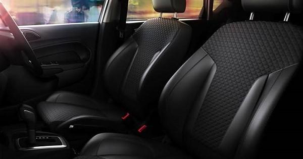 ภายในห้องโดยสารของ Ford Fiesta 2018
