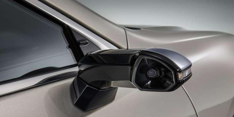 Lexus ES กล้องมองข้าง