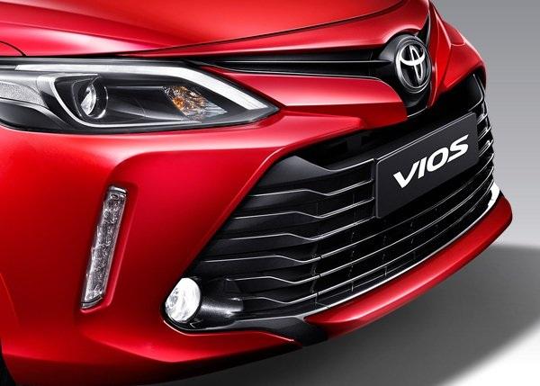 ความโดดเด่นในแบบ Toyota Vios 2018 กับกระจังหน้าโฉมใหม่