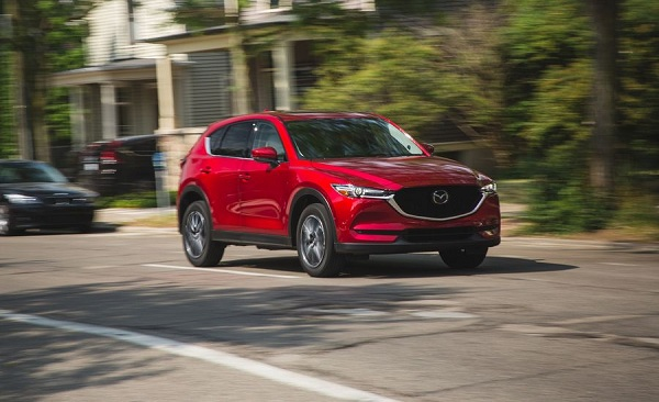 Mazda CX-5 รถยนต์สมรรถนะเจ๋ง น่าลอง