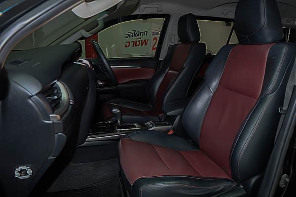 ดีไซน์ภายในของ Toyota fortuner 2018