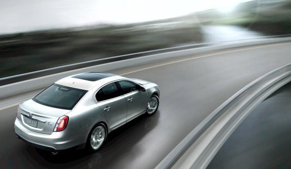 การขับรถทางไกลจะต้องกำหนดจุดพักรถเป็นระยะ