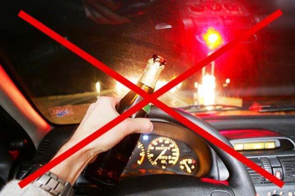การเมาแล้วขับเป็นอีกสาเหตุหนึ่งที่ทำให้เกิดอุบัติเหตุบนท้องถนน