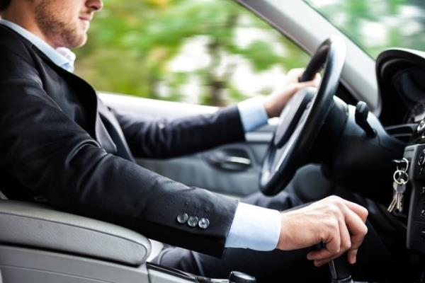 แนวทางการใช้รถใช้ถนนให้ปลอดภัย