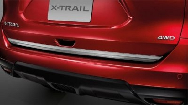 คิ้วขอบประตูแบบโครเมียม เสริมเสน่ห์ให้กับ Nissan X-trail 2018