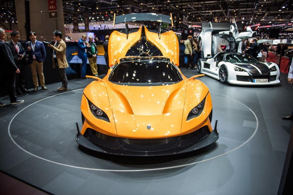 Apollo Arrow มาพร้อมกับการพลิกโฉมหน้าการออกแบบและประสิทธิภาพรถสปอร์ตขนาดเล็ก