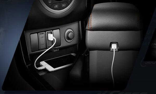 ช่องเสียบ USB Charger 5 โวลต์ 2 จุด หน้า-หลัง