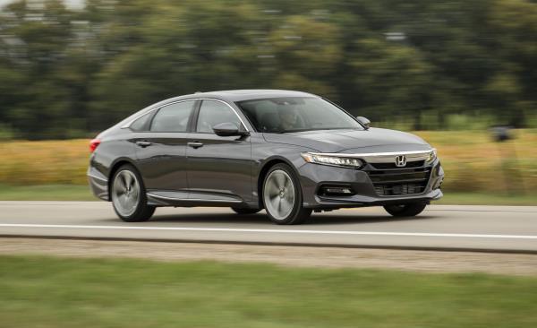 แนวทางการเลือกซื้อรถ Honda Accord มือสอง