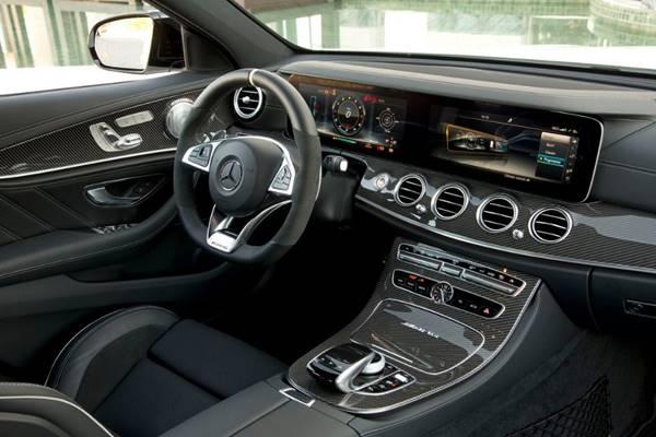 Mercedes-AMG E63 S 4MATIC+ 2019 ติดตั้งเครื่องยนต์เบนซิน V8 เทอร์โบคู่ ความจุ 4.0 ลิตร